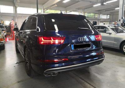 Audi Q7 Black extra Dark Scheibentönung