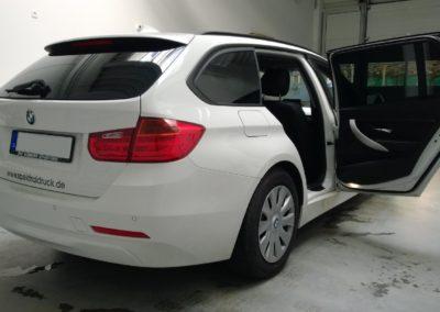 BMW 3er Kombi Black extra dark Scheibentönung
