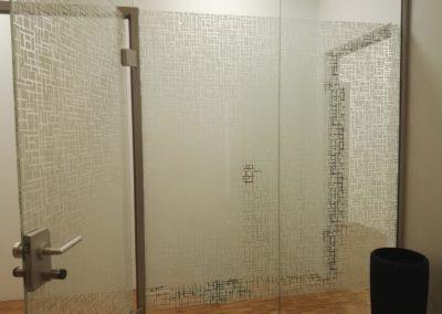 Dekorfolie an Glastrennwände im Bürobereich 2