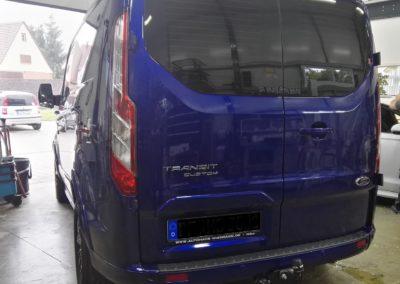 Ford Transit Custom Black extra Dark Scheibentönung