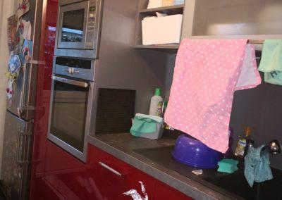 Küche von rot nach weiß BEFORE 1
