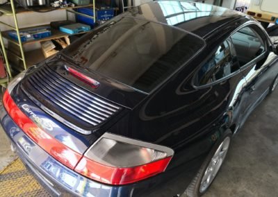 Porsche 911 Black medium Scheibentönung