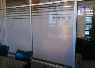 Sichtschutzfolie Büro Glasstrennwand 1 (zuschnitt Handmade)
