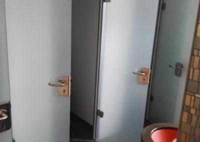 Sichtschutzfolie Glastüren WC