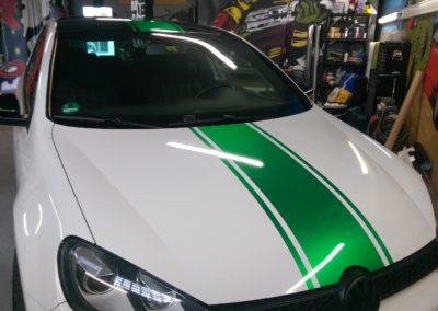 VW Golf Teilfolierung grün metallicStreifen
