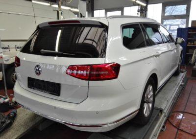 VW Passat Black extra Dark Scheibentönung
